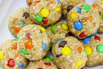 Peanut butter and oatmeal cookies, healthy oatmeal cookies snack