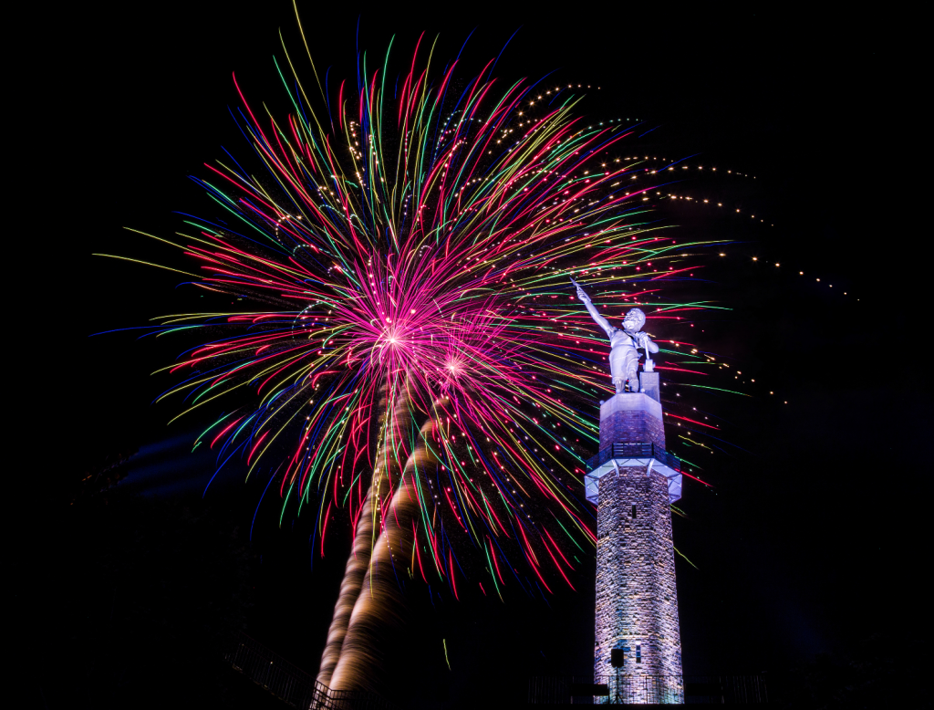 4th of July fireworks over the statue vulcan